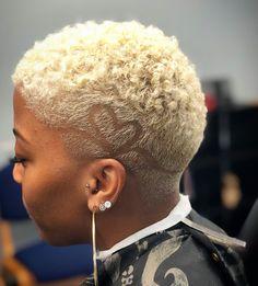 pretty in pink! Natural Hair Short Cuts, Short Natural Haircuts, Tapered Natural Hair, Short Sassy Hair, Short Hair Cuts, Natural Hair Styles, Tapered Twa, Twa Hairstyles, Men's Hairstyle