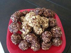 Chocolate oatmeal balls. A healthy and delicious snack.
