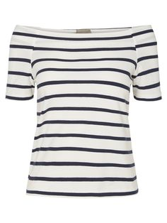 Off-the-shoulder top with stripes from VERO MODA. Style with jeans for a chic casual look.