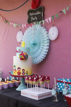 Matroschka Sweet Table, Wiener Wohnsinn, Eine bunte Kindergeburtstagsparty , Russland, Isabella Schenz, Andrea Kargl. Fondant,