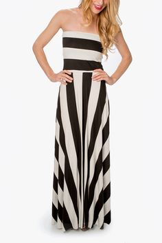 Bold lines make our black and white striped maxi stand out. Horizontal stripes adorn the bodice, while vertical ones take center stage on the bottom.