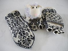 Knitting Patterns Mittens Ravelry: Wanten/Free Mittens pattern by Jessica Tromp.Thrumming would make this delicious! Knitted Mittens Pattern, Fair Isle Knitting Patterns, Crochet Mittens, Fingerless Mittens, Knitted Gloves, Knitting Socks, Hand Knitting, Knitting Machine, Hat Patterns