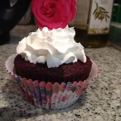 RED VELVET CUPCAKES (makes cups of cakeflour 1 cup of sugar cocoa (about cup of milk butter (at room. Red Velvet Cupcakes, Cookie Cups, Cocoa, Biscuits, Muffins, Sweet Treats, Recipies, Sugar, Cookies