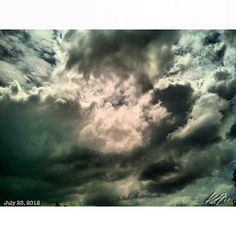 今日は暑い! hot day #sky #cloud #philippines #フィリピン #空 #雲