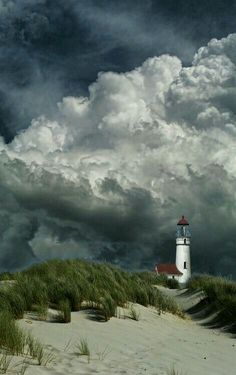 Lighthouse and storm clouds Storm Clouds, Sky And Clouds, Places Around The World, Around The Worlds, Beautiful World, Beautiful Places, Beautiful Beach, Lighthouse Pictures, Stock Foto