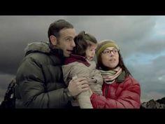 El precioso corto de Emilio Aragón sobre las enfermedades raras Trailer Peliculas, Kool Kids, Child Smile, Alzheimer, Reading Room, Visual Communication, Psychology, Campaign, Cinema