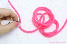Sewing Hacks, Sewing Projects, Projects To Try, Sewing Tips, How To Make Piping, Sewing Piping, Piping Techniques, Learn To Sew, Cord