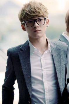 "Exo - Chen ""Them glasses tho"" Kpop Exo, Kris Wu, Day6 Sungjin, Chanyeol Baekhyun, Exo Chanbaek, Kim Jong Dae, Kim Minseok, Xiuchen, People"