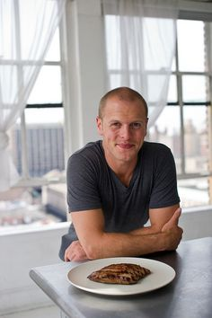 Entrepreneur and author Tim Ferriss: Do an analysis of your daily efforts once a month. 12 Successful Entrepreneurs Share Their Best Productivity Tips Tim Ferriss, Timothy Ferriss, Productivity Hacks, Work Week, Successful People, Successful Entrepreneurs, New Things To Learn, Time Management, Personal Development