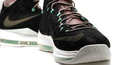 big sale 43ae4 9b165 Nike LeBron EXT QS - Black Suede   Mint Detailed Image, Sneaker Games, Nike
