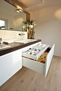 Vanity unit with apothecary cabinet: modern by helm design by h .- Waschtisch mit apothekerschrank: modern von helm design by helm einrichtung gmbh,modern Vanity unit with Apothecary Cabinet: Modern Bathroom by Helm Design by Ihr Schreinermeister GmbH - Modern Bathroom Design, Bathroom Interior Design, Bathroom Designs, Modern Bathroom Cabinets, Shiplap Bathroom, Modern Design, Bathroom Countertops, Industrial Bathroom, Home Interior
