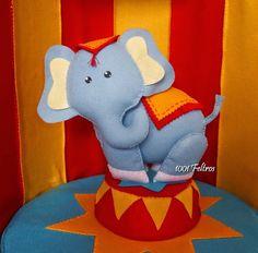 elefante+circo+feltro+02.jpg (710×700)