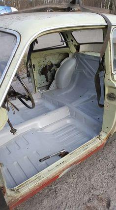 Volvo Amazon, Volvo Cars, Austin Healey, Car Makes, Auto Racing, Vintage Cars, Race Cars, Engineering, Garage