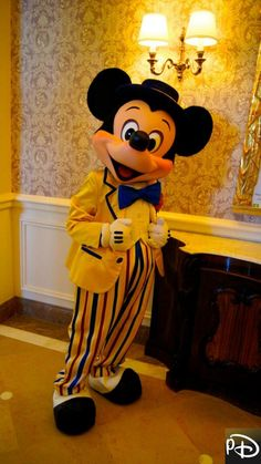 Disneyland Paris. Mickey in his Let's swing into Spring outfit. disney 2014