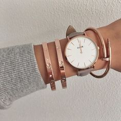 5 Minimal Jewelry Brands You Want To Follow On Instagram