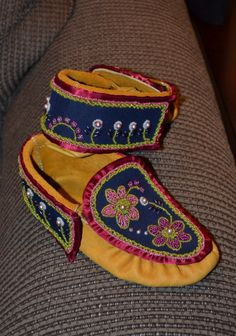 #Iroquois Style Moccasins
