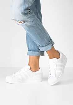 78c8fe3fa2e5 adidas Originals - SUPERSTAR - Sneakers laag - white Superstar Outfit