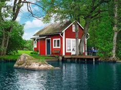 Holiday home 973994 in Southern Sweden, Sweden suitable for 5 persons – easy & secure online booking! Red Houses, Little Houses, Beautiful World, Beautiful Places, Travel Around The World, Around The Worlds, Hotel Concept, Red Cottage, Lake Cottage