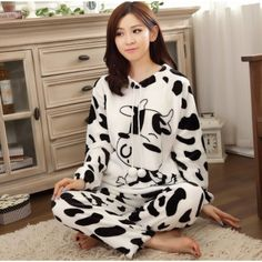 Cartoon Print Women's Long Sleeve Pajama Set $26.53