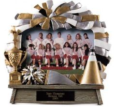Cheer Team Picture Frame - Cheerleader Photo Frame Cheer Gifts, Cheer Mom, Homemade Picture Frames, Cheer Team Pictures, Auction Baskets, Cheer Party, Cheerleading, Table Decorations, Treat Bags