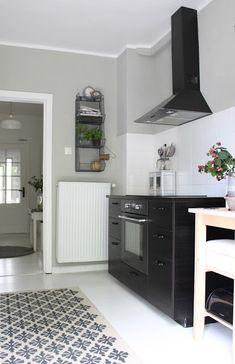 AuBergewohnlich Schlichte Küche In Schwarz, Grau Und Weiß