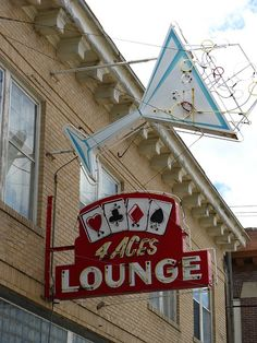 4 Aces Lounge Neon in Hardin, Montana. Old Neon Signs, Vintage Neon Signs, Old Signs, Vintage Ads, Vintage Posters, Rockabilly, Retro Signage, Neon Jungle, Pop Posters