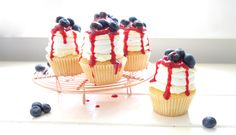 Meringue, whipped cream & berries need not be limited to special occasions - these pavlova cupcakes are the perfect way to enjoy these classic flavours! Mini Cakes, Cupcake Cakes, Cupcakes, Cupcake Recipes, Baking Recipes, Baking Ideas, Yummy Recipes, Australian Food, Australian Recipes