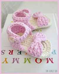 Over 100 Free Crocheted Baby Booties Patterns at AllCrafts.net