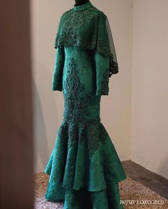 💖💖💖💖💖 Kebaya Dress, Dress Pesta, Nikkah Dress, Lace Dress, African Fashion Dresses, African Dress, Muslimah Wedding Dress, Muslim Dress, Fantasy Dress