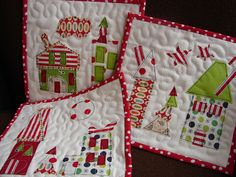 Little Christmas quilts. Cute.