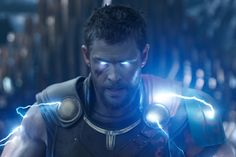 <em>Thor: Ragnarok</em>videos break down the film's electrifying VFX