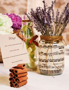 DYI wedding table arrangement inspiration