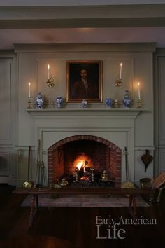 Best House Colonial Interior Renovation Ideas Best House Colonial Interior Renovation Ideas The decoration of home is similar to an exhibit space that reveals our. Home Fireplace, Fireplace Surrounds, Fireplace Design, Corner Fireplaces, Fireplace Ideas, Primitive Homes, American Interior, Country Decor, Country Homes