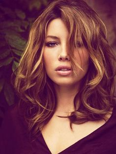 Jessica Biel's hair-that's how I want it (color)