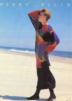 The fashion trends were influenced by the fashion industry and popular icons as women strove to recreate looks seen on their televisions. 1980s Fashion Trends, 80s And 90s Fashion, Retro Outfits, Vintage Outfits, Vintage Fashion, 20th Century Fashion, Perry Ellis, Character Outfits, Colorful Fashion