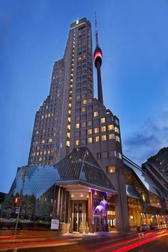InterContinental Toronto Centre, InterContinental Toronto Front Street West,Toronto (ON), Ontario, Canada - Downtown Toronto, Palace Hotel, Spa Services, Beautiful Hotels, Stay The Night, Hotel Deals, Lake View, Hotel Reviews, Best Hotels