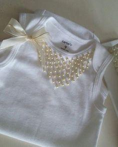 """7 Me gusta, 1 comentarios - Lulu Botonex (@lulubotonex) en Instagram: """"Collar de perlas para una princesa #lovemyclients #vistiendoprincesas #lulubotonex #hechoamanord"""""""