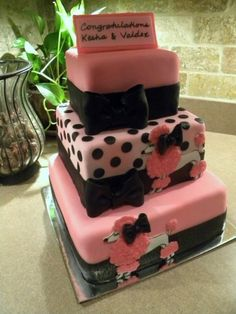 Pink Poodles in Paris By CakeNuts on CakeCentral.com