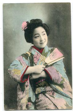 Japanese Woman Kimono Fan hand colored Japan postcard