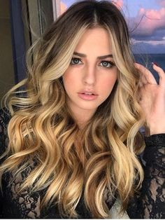 New European Real Human Hair Wigs Ombre Balayage Lace Front Full Lace Wigs Olive Skin Blonde Hair, Ash Blonde Hair With Highlights, Balayage Blond, Honey Balayage, Balayage Hairstyle, Golden Highlights, Blonde Wig, Balayage Highlights, Long Curly Hair