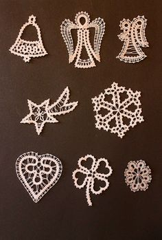 Needle Tatting, Needle Lace, Beaded Christmas Ornaments, Christmas Crafts, Bobbin Lacemaking, Bobbin Lace Patterns, Lace Making, Lace Knitting, Making Ideas