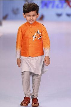 Designer and Stylish jacket with machine embroidered birds on pocket. Shaded kurta can be worn separately. Pay Cash on Delivery. Baby Boy Dress, Baby Boy Outfits, Kids Outfits, Kids Indian Wear, Kids Ethnic Wear, Kids Kurta, Kids Wear Boys, Nehru Jackets, Boys Online