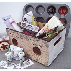 Caja de madera decorada con decupage. wooden box decoupage. www.elpiojito.es