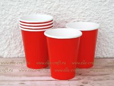 Бумажные стаканчики Apple Red
