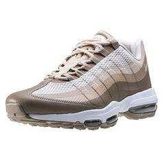 Nike  Air Max 95 Ultra Essential,  Damen Durchgängies Plateau Sandalen mit Keilabsatz , beige - grün - Größe: 43 EU - Sneakers für frauen (*Partner-Link)