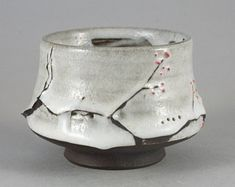 Wood Fired Yunomi The Branch of Snow, Tea Bowl by Paul Fryman click the image or link for more info. Japanese Ceramics, Japanese Pottery, Modern Ceramics, Slab Pottery, Pottery Bowls, Ceramic Pottery, Wheel Thrown Pottery, Sculpture Clay, Ceramic Sculptures