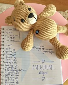 Crochet Toys, Crochet Baby, Amigurumi Patterns, Diy Room Decor, Diy And Crafts, Teddy Bear, Wool, Knitting, Handmade