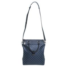 Tb Tote - classy and so practical. by Louis Vuitton via Rebelle