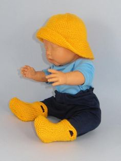 Baby Pull On Boots  and Sou'wester pattern on Craftsy.com