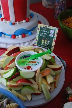 A super cute Dr. Seuss Gender Reveal Party from @mindyanderik